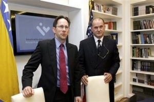 """Falsificiranje Srpskih """"Žrtava"""" oko Srebrenice"""