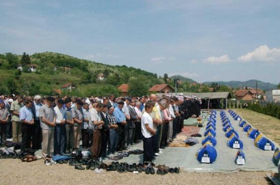 Najmlađa žrtva, šestomjesečna Narcisa Salihović, ubijena sa flašicom u ruci