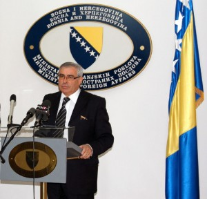 CNAB open letter to the Minister of Foreign Affairs Sven Alkalaj
