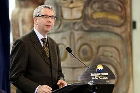 Pismo KBSA Univerzitetu British Columbia o zabrani Srđi Trifkoviću negatoru genocida