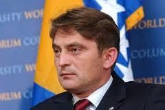 Predsjedavajući Predsjedništva BiH Željko Komšić sastao se sa Harisom Alibašićem, predsjednikom Upravnog odbora Kongresa Bošnjaka Sjeverne Amerike